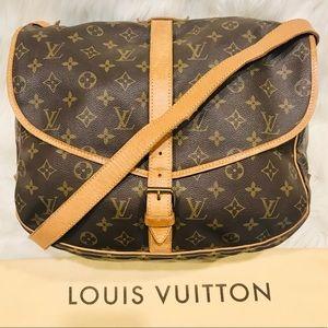 Louis Vuitton Saumur 35 #2.6R - Authentic LV